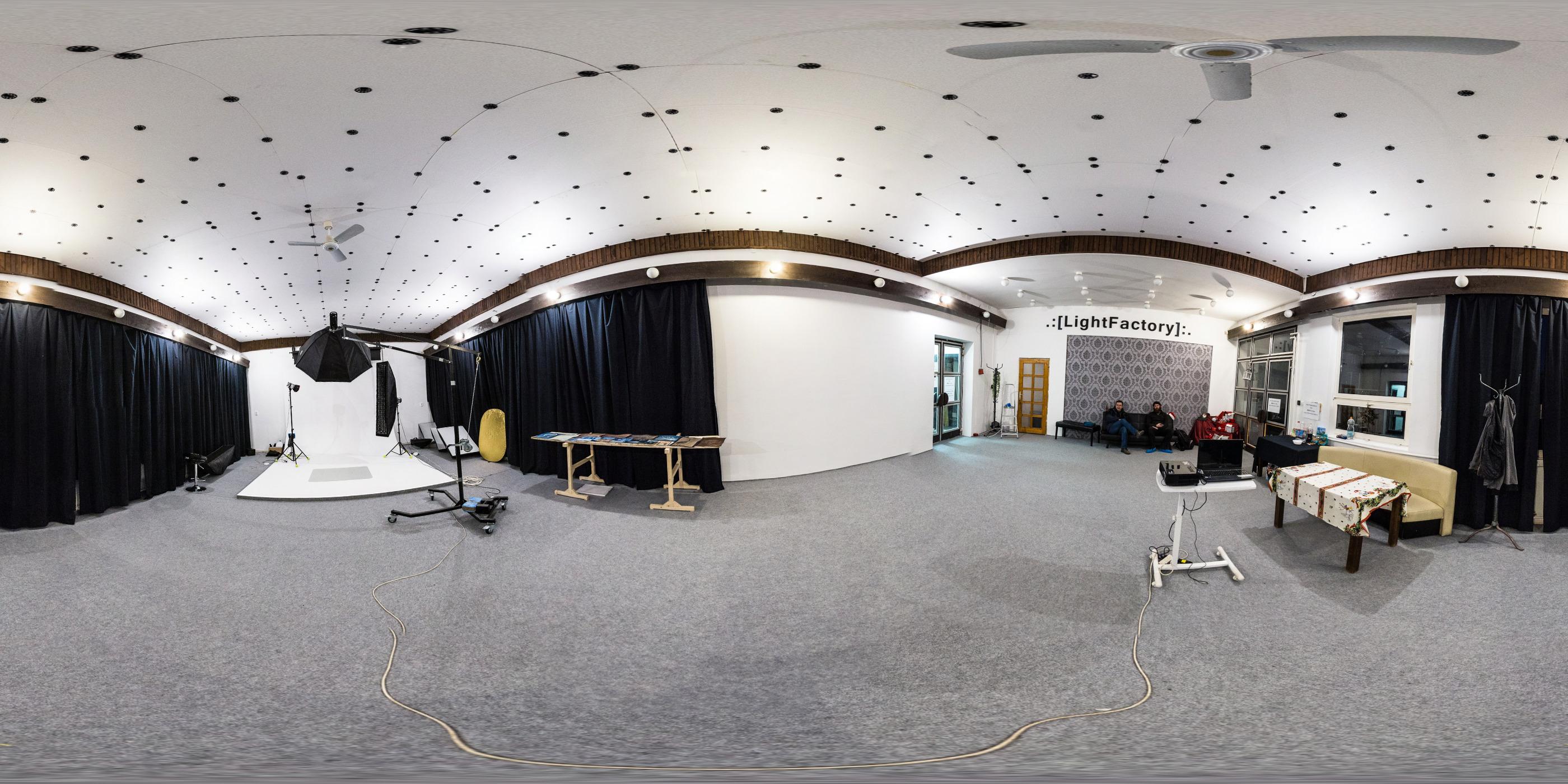 Lightfactory Szeged Fotóstúdió